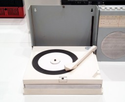 Record Player design by Dieter Rams