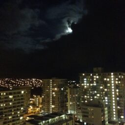 super-moon over waikiki