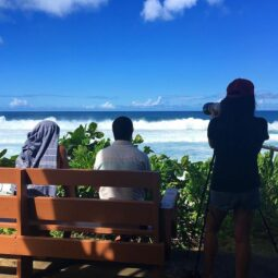 taking photos while @kellyslater and @davewassel talk about the insane waves
