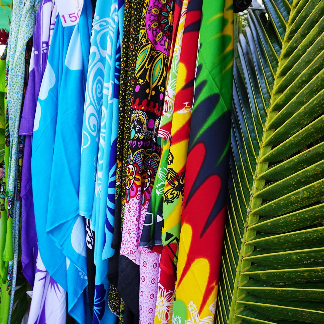 colors of tahiti