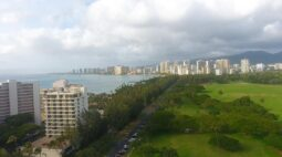 flying towards waikiki, one of my favorite places