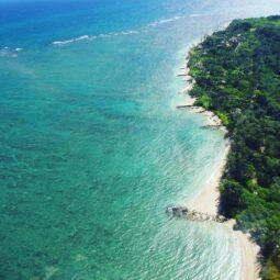 maui's gorgeous coastline @sunshinehelicopters  @hawaiimagazine @gohawaii
